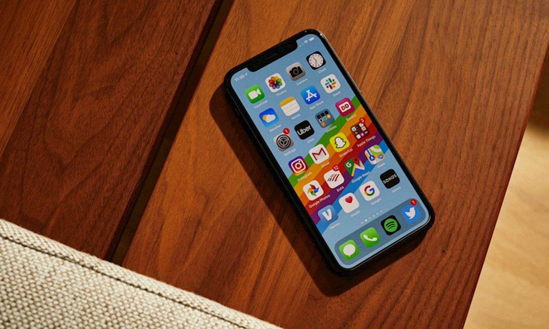 màn hình iPhone 11 Pro