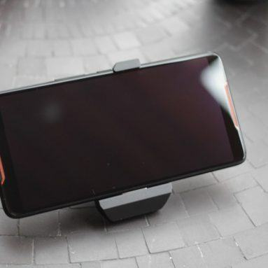 Đánh giá Asus ROG phone: Smartphone chơi game đầu tiên của Asus