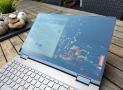 Đánh giá laptop Lenovo Yoga C740-15IML: Pin tốt, không có GPU rời