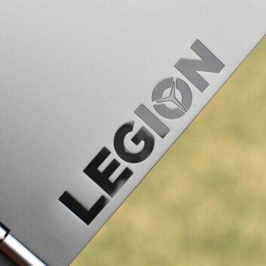 Đánh giá Lenovo Legion Y740-15ICH: Quái vật gaming nhưng đẹp và êm!