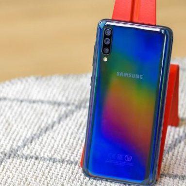 Đánh giá Samsung Galaxy A70: Thiết kế hấp dẫn, màn hình đẹp, pin tốt